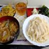 ヤマヨめん工房 - 料理写真:肉汁うどん(ひも川)、かき揚げ
