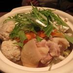 楽蔵 - 鶏団子鍋