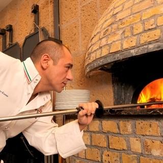 世界No.1ピッツァを気軽に楽しめるピッツェリア