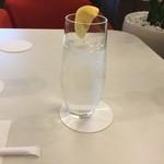 エスタシオン カフェ - レモンスカッシュ