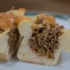 ビアン シュール - 料理写真:やきそばパン(断面)