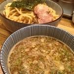 金星 - 濃厚Wスープつけめん(830円)