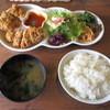 まるやま館 - 料理写真:チキンカツ880円