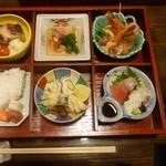 小料理屋ぎらばり - ランチ 松花堂弁当