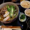 敷島 - 料理写真:肉うどん