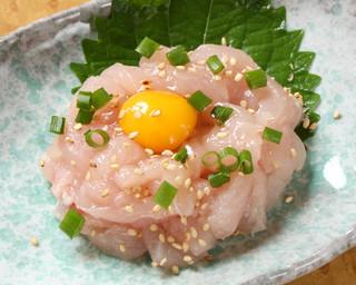 勝元 - 朝引きの生ササミを使った「鶏ユッケ」1日限定5食