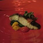 35084329 - 目鯛のポワレ                        菜の花の煮浸しとスモークしたセミドライトマト                        フランボワーズヴィネガーをアクセントに