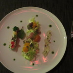 35084355 - ツブ貝の炙りと金柑のコンポート                        ジャスミンティーのジュレと湯葉のブランダード仕立て