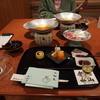 萬国屋 - 料理写真:こうやって配膳