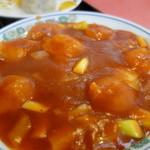 中華料理 萬来軒 - エビチリは盛り良し