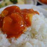 中華料理 萬来軒 - 結構な盛りですが、ご飯が足りない(^^)