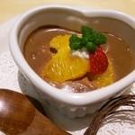 オーガニックカフェ チャント - オーガニックチョコのムース。特製クリームあんみつや有機栽培の南瓜のプリンもオススメ。