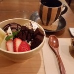 35130872 - チョコ満載の黒糖ちょこパフェ