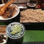 SOBA-HOUSE 大自然 - 天丼ともりそば(790円)