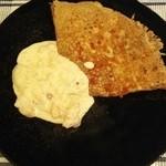 ルマロン - 料理写真:ガレット:シーフードのホワイトソース