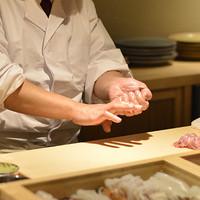 季節の江戸前寿司は当店にお任せください。