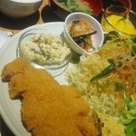 焼肉 近江 - 料理写真:トンカツセット880円