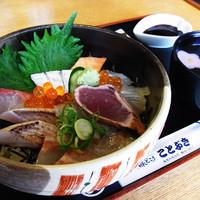 海鮮丼…1,400円
