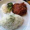 カフェ プチ・ラディッシュ - 料理写真:ハンバーグプレート670円
