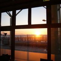 サンセット - 店内からの夕日