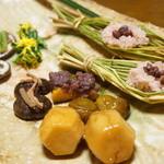千松しま - お赤飯、いちじく、椎茸、里芋、みずの実、百合根とガリ(2012/11)