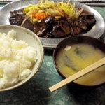立田野食堂 - レバー野菜炒め定食です