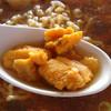 味処 日本海食堂 - 料理写真:日本海ラーメンに入っていたウニ
