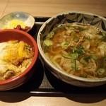 花ごよみ - かすうどん(980円)に,ミニカツ丼(+420円)