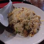 炭炙りチャーシュー まる麺 - 半炒飯セット250円