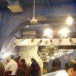 ダバインディア - 青い壁の店内