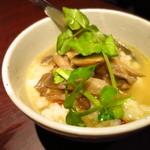 大衆肉バルKamiichi - トリュフ香る4種のキノコのイタリアン茶漬け390円