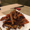 チャイニーズテーブル胡同 - 料理写真:カンビェンニウロウスー   細切り牛肉と根菜の炒め