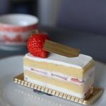 ストラスブルジョア - ショートケーキ 430円