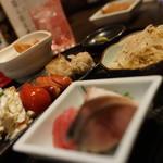 煮込みと惣菜 かん乃 - 盆裁セット