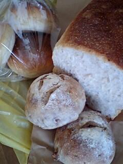 雑穀パンの店ひね