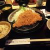 かつアンドかつ - 料理写真:ロースカツ定食