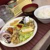 第一食堂 - 料理写真:五品付定食、550円!