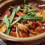 マダムリン 台北 - 激辛モツ鍋