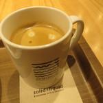 ソリッド・アンド・リキッド - コーヒー