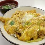 小藤食堂 - 2013年11月 穴子天丼700円。玉子がいい感じ♪