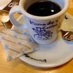 コメダ珈琲店  - ブレンドコーヒー:420円(2015.02月)