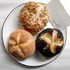 スギノキ - 料理写真:カイザー(黒ごま、ケシの実、ひまわりの種)