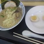松 - 味玉麺