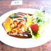 カフェ フランジパニ - 料理写真:人気No.1若鶏のチーズオムライス〜デミグラスソース
