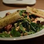 ガーデンレストラン オールデイ ダイニング - ガーデンレストラン特製!春野菜のコブサラダ ガーリックトースト添え