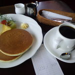 コーヒーハウス葡瑠満 - ホットケーキセット