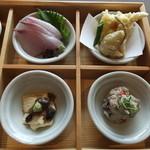 豆まる - かんぱちのお造り・湯葉真丈と生麩の天ぷら・生湯葉に醤油豆・おから