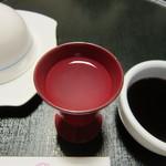 黒田や - ドリンク写真:食前酒の「かぼす蜂蜜酒」です。