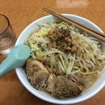 ラーメン荘 歴史を刻め - ラーメン:730円[税込み]        〜麺少量を選択しても同額〜