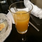35703523 - セットのオレンジジュース
